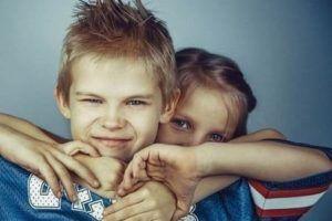 Hijos de padre narcisista - niños